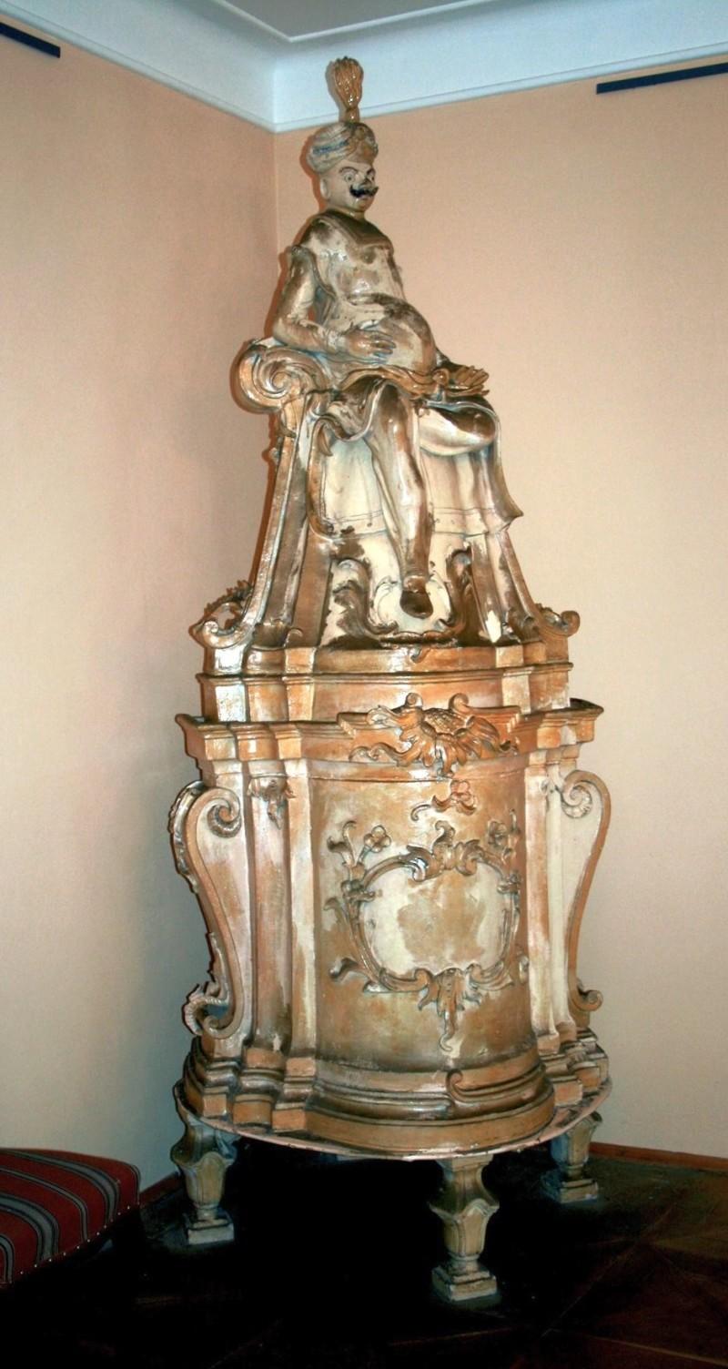 Ceramic stove in Ploskovice castle. Baroque