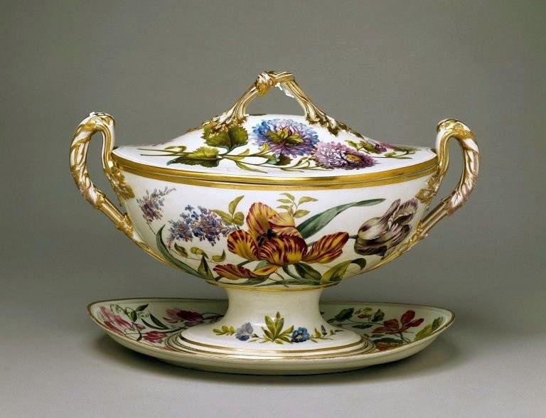 Tureen, Royal Crown Derby. 1796-1801