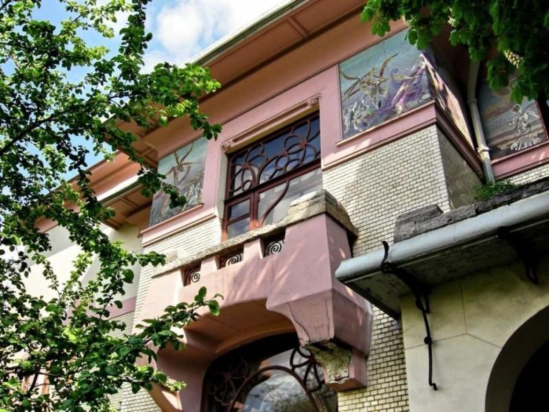 Ryabushinski's mansion (1901-1903, F. O. Schechtel) Architectural ceramics of Moscow Art Nouveau