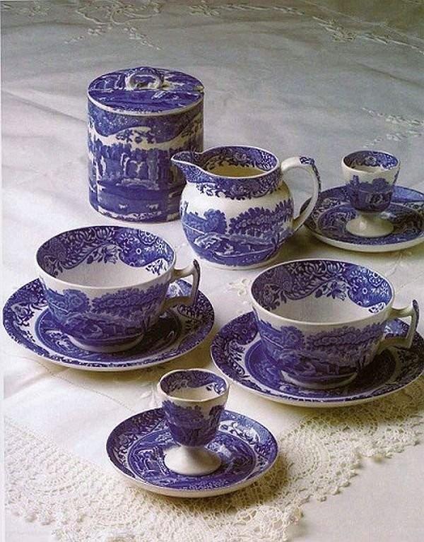 Bone china service set made by Spode factory