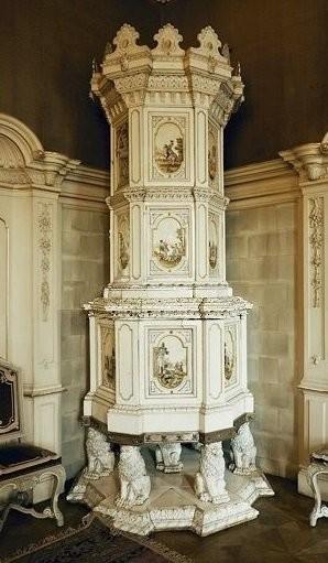 Ceramic stove in Palais Kinsky, 1740