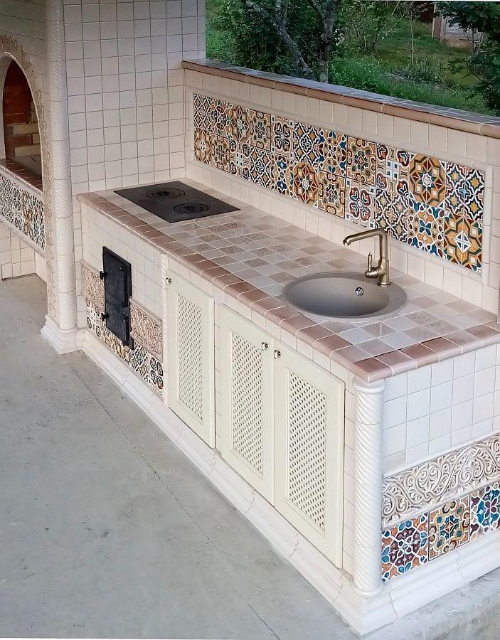 Moorish barbecue complex