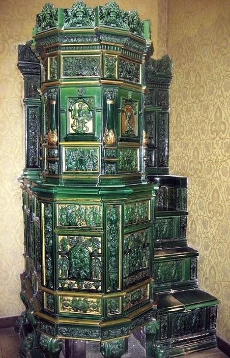 Antique ceramic stoves in Heidelberg castle