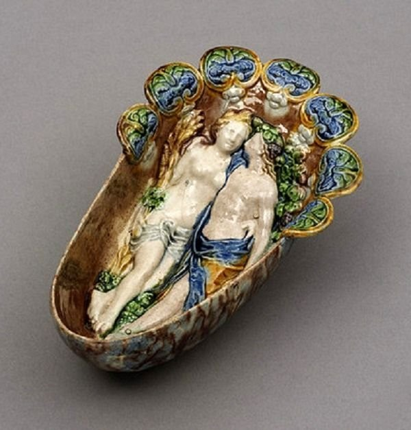 A sauceboat with allegorical scenes. Palissy, 1550-1580