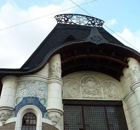 Yaroslavski station (1904, F. O. Schechtel) Architectural ceramics of Moscow Art Nouveau
