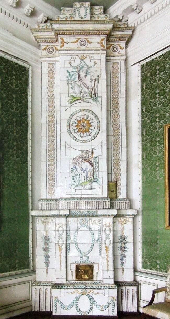 Ceramic stove from Kuskovo manor. 1770-1780