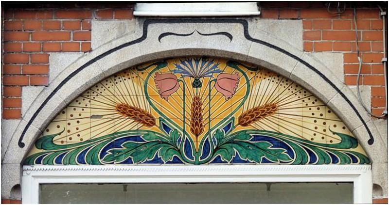 Ceramic mural on Beetsterszwaag, Holland