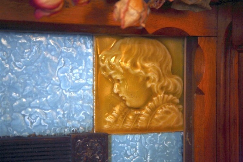 Victorian majolica on the fireplace in Hamilton House