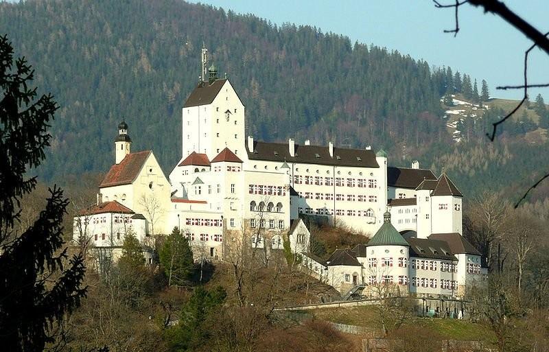 Hohenschau Castle