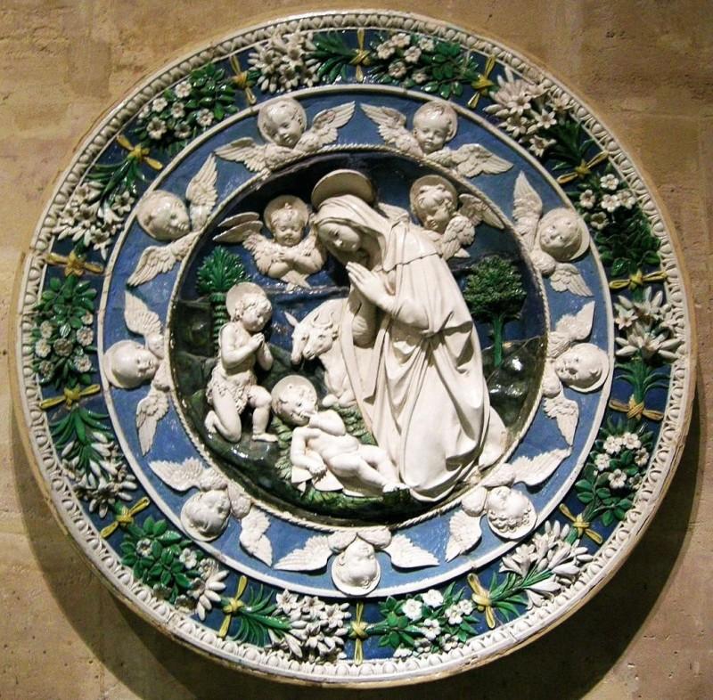 Italian Majolica of Renaissance Era. Andrea and Giovanni Della Robbia's workshop, Madonna with a baby, Louvre