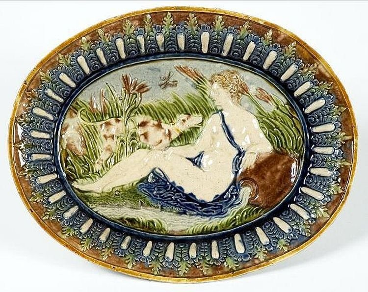 A dish with a nymph. Palissy. 16th century